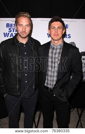 LOS ANGELES - NOV 16:  Ryan Hansen, Chris Lowell at the