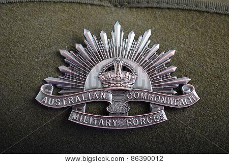 Australian Anzac Rising Star Hat Badge