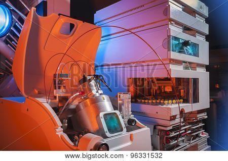 Biotechnology laboratory equipment