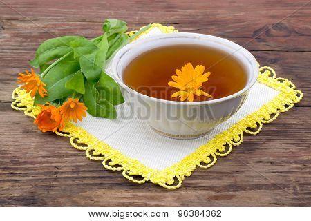 Fresh Tea With Calendula
