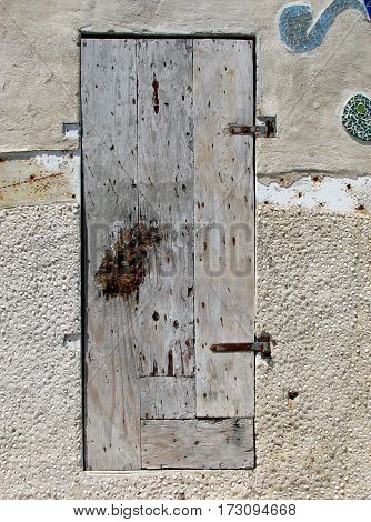 OLD RUSTIC, PINE WOOD DOOR WITH BACK GROUND CEMENTED WALL
