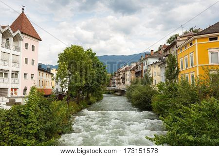 Bruneck Italy, Italian: Brunico is the largest town in the Puster Valley in the Italian province of South Tyrol.