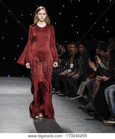 New York Fashion Week Fw 2017 - Oday Shakar Collection