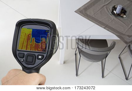Underfloor Heating Inspection Thermal Image with infrared Camera
