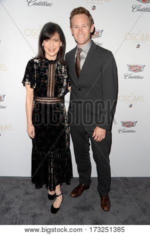 LOS ANGELES - FEB 23:  Perrey Reeves, Guest at the Cadillac Hosts their Annual Oscar Week Soiree at the Chateau Marmont on February 23, 2017 in West Hollywood, CA