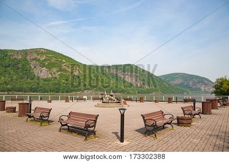 Summer view of water front park in Cold Spring NY.
