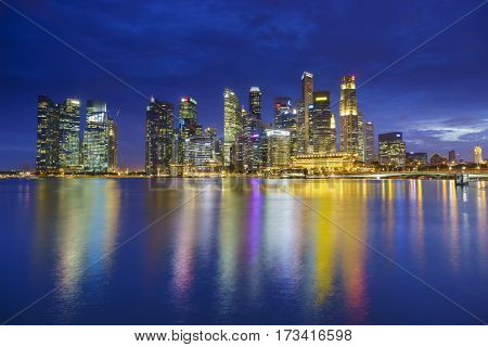 SINGAPORE, FEBRUARY 15 2017 : Singapore skyline and view of the financial district, Singapore on February 15 2017