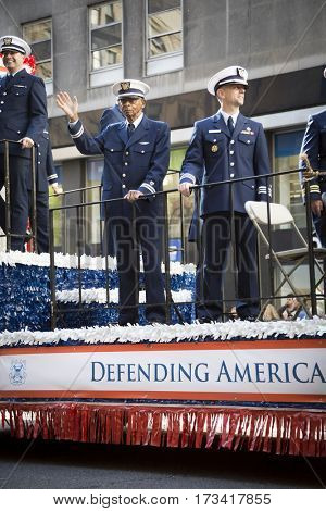 NEW YORK - 11 NOV 2016: xx float, Americas Parade up 5th Avenue on Veterans Day in Manhattan.