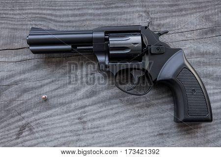 Black Revolver.