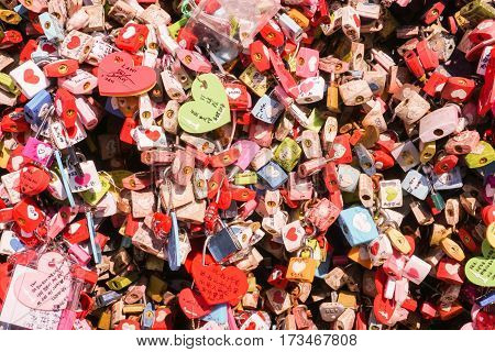 close up keys of love at N Seoul Tower taken on 18 February 2017