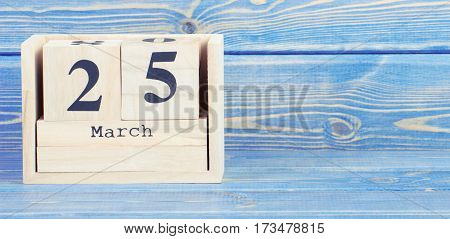 Vintage Photo, March 25Th. Date Of 25 March On Wooden Cube Calendar