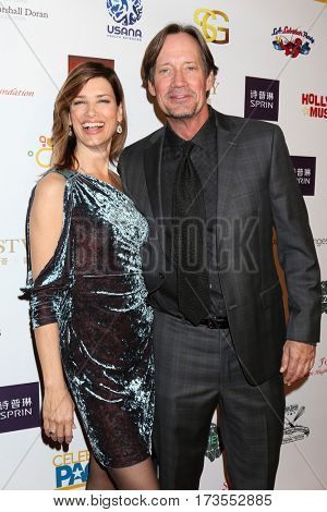 LOS ANGELES - FEB 26:  Sam Sorbo, Kevin Sorbo at the Style Hollywood Oscar Viewing Dinner at Hollywood Museum on February 26, 2017 in Los Angeles, CA