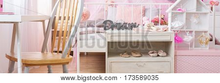 Shelf With Ballet Shoes In Bedroom
