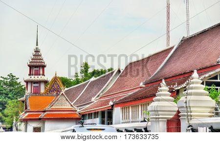 Buildings in Bangkok near the Wat Pho temple - Thailand