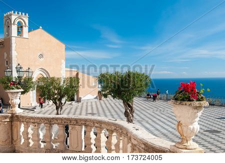 A Tour In Sicily