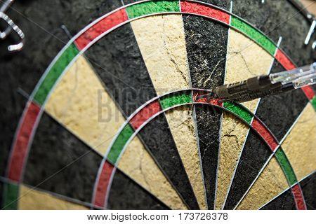 180 points in steel darts 100 percent precission