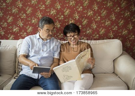 Bonding Casual Cheerful Couple Relationship