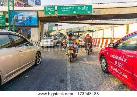 BANGKOK THAILAND - FEBUARY 22 2017: Car in Bangkok are in a traffic jam cause of BTS train Green Line building in Bangkok on 22 febuary 2017. The Bangkok Mass Transit System commonly known as the BTS or the Skytrain