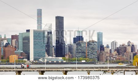 View Of Midtown Manhattan Skyline And United Nations Headquarters