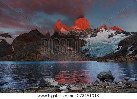 Laguna de Los Tres and mount Fitz Roy, Dramatical sunrise, Patagonia, Argentina
