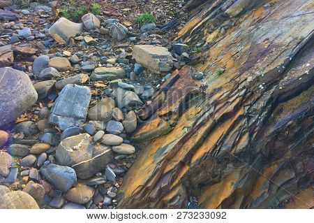 Rock Fall, Rock Cover, Rock, Rocks That Have Fallen Off The Mountain