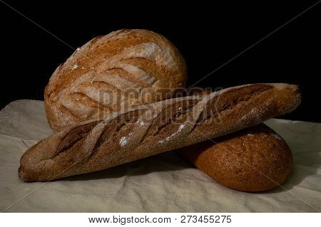 Bread White. Bread On Wood. Bread On Table. Bread For Background. Bread For Breakfast. Bread Is Bake