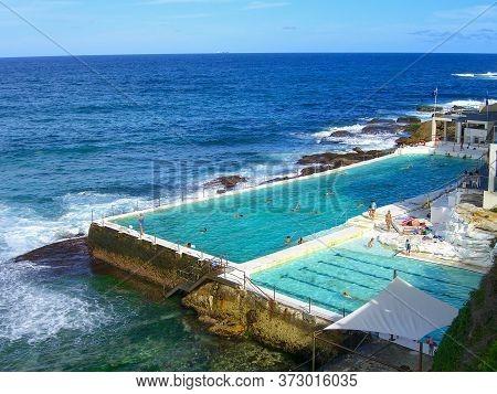 Sydney, Australia - Mar 4, 2006: Salt Water Pools At Bondi Beach In Sydney, Australia. Bondi Beach I