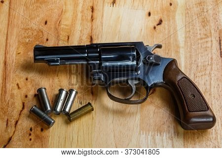 Firearms Revolver,old Revolver, .38 Gun And Ammunition,conceal Gun With Bullet Home Protection Conce