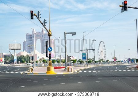 Abu Dhabi, United Arab Emirates - 13/03/2020: An Empty Road View Of Marina Mall In Abudhab And Fairm