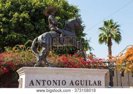 Los Angeles, California, Usa- 11 June 2015: Equestrian Statue Of Antonio Aguilar On Los Angeles Hist