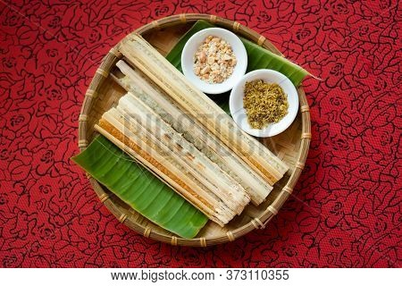 Delicious Bamboo Baked Rice - Vietnamese Food