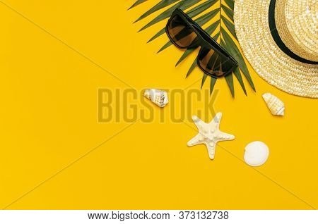 Women S Summer Straw Hat, Tropical Palm Leaves, Monstera Leaf, Sunglasses, Shells, Starfish On Yello
