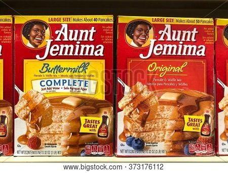 Alameda, Ca - June 23, 2020: Aunt Jemima Pancake Mix, Original And Buttermilk. The Pancake Mix Debut