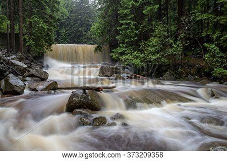 Karpacz, Dolnośląskie / Poland - June 20, 2020.:dziki Waterfall In Southern Poland. Watercourse In M