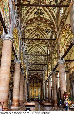 Verona, Italy, September 27, 2015 : The Main Hall Of Santa Anastasia Church In Verona, Italy. Santa