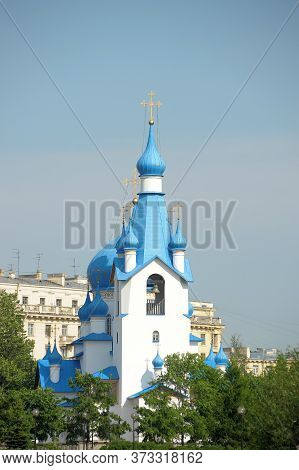 Architecture View Of Orthodox Architecture Landmark - Church Of The Nativity In The Middle Slingshot
