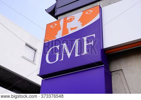 Bordeaux , Aquitaine / France - 06 20 2020 : Gmf Logo Sign Of Agency French Garantie Mutuelle Des Fo