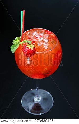 Strawberry Mojito Cocktail. Close Up View Of Summer Fresh Cocktail With Mint,  Strawberrypieces Isol