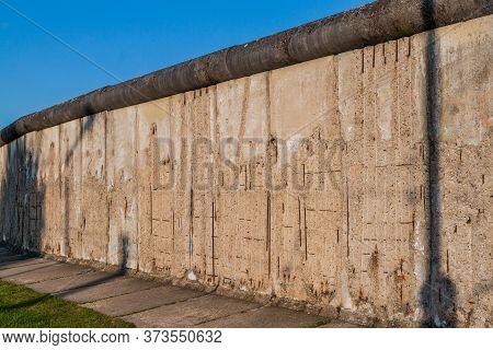Berlin Wall Memorial Gedenkstatte Berliner Mauer In Berlin, Germany