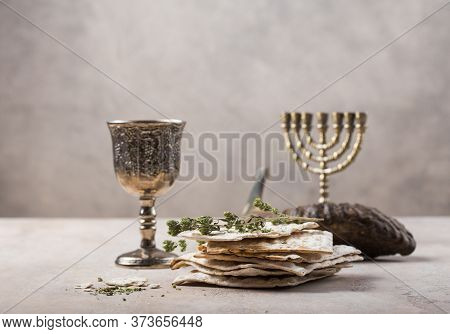Passover, The Feast Of Unleavened Bread, Matzah  And  Kosher Red Wine Glasses Shofar (horn) With Cop