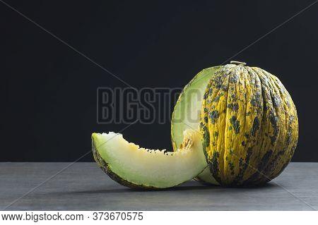 Fresh Ripe Organic Sliced And Whole Yellow Green Melon, Turkish Healthy Summer Fruit, Cantaloupe ( C