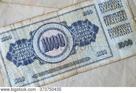 Reverse Of 1.000 Dinars Paper Bill Issued By Yugoslavia, That Shows Numeral Value