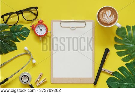 Kitchen Tool In Vlog Filmmaker Wooden Table Top View Concept Blank Empty Workspace Mockup Display, F