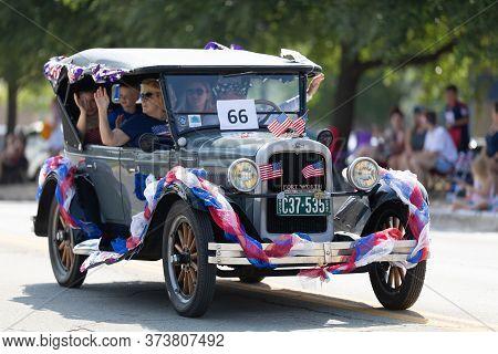 Arlington, Texas, Usa - July 4, 2019: Arlington 4th Of July Parade, Chevrolet Classic Car, Being Dri