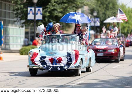 Arlington, Texas, Usa - July 4, 2019: Arlington 4th Of July Parade, A Chevrolet Deluxe, With America