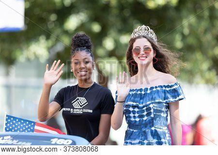 Arlington, Texas, Usa - July 4, 2019: Arlington 4th Of July Parade, Miss Cinderella, Riding On A Car