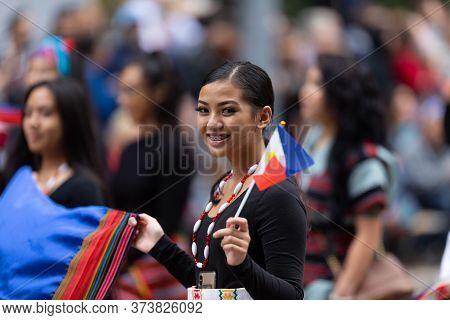 Houston, Texas, Usa - November 28, 2019: H-e-b Thanksgiving Day Parade, Members Of The Filipino Comm