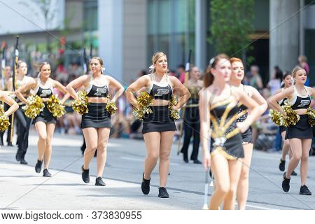 Indianapolis, Indiana, Usa - May 25, 2019: Indy 500 Parade, Cheerleaders From The Purdue University,