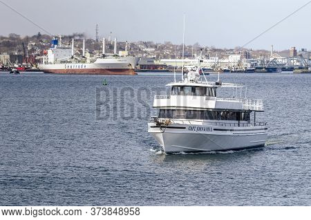 Fairhaven, Massachusetts, Usa - March 28, 2018: Charter Boat Capt. John & Son Ii And Refrigerated Ca