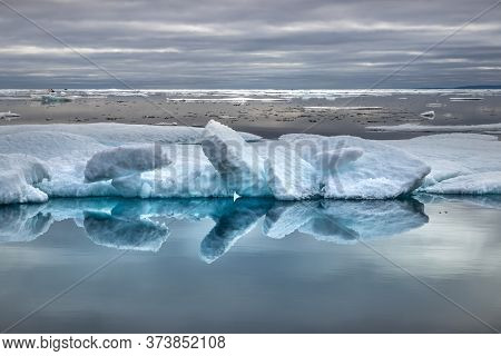 Glacier Lagoon And Icebergs On Peel Sound, A Waterway Situated In Pince Of Wales Island At The North